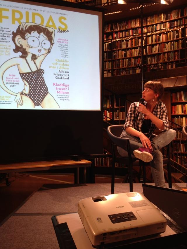Fridas resor scenprat stadsbiblioteket